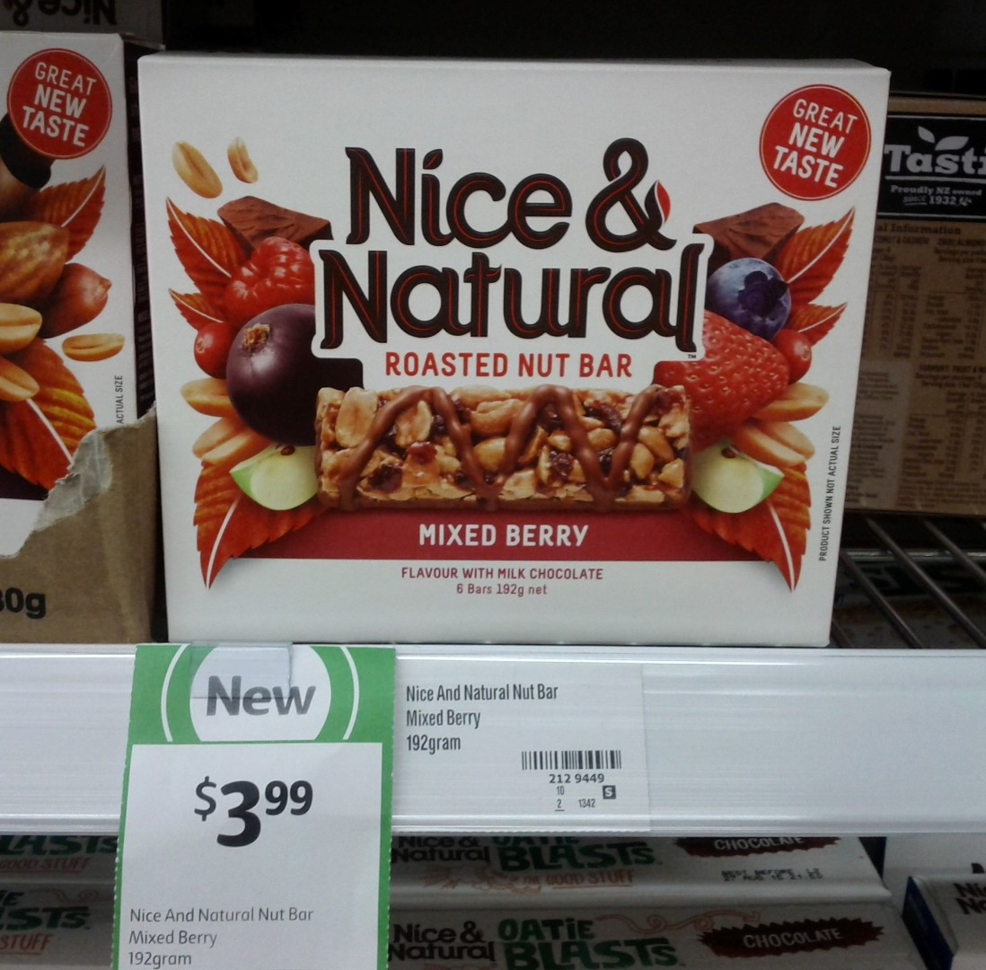 Nice & Natural 192g Roasted Nut Bar Mixed Berry