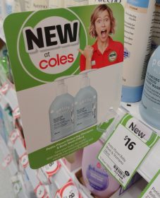 Petite Planet 236mL Shampoo & Body Wash, Body Lotion New Girl Jenny