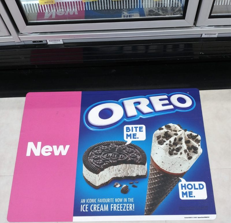 Oreo 440mL Frozen Oreo Cookie Sandwich, 475mL Chocolate Wafer Cone POS Floor