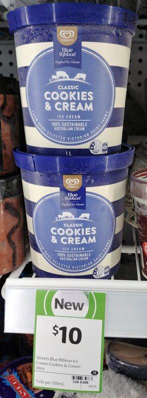 Streets 1L Ice Cream Classic Cookies & Cream