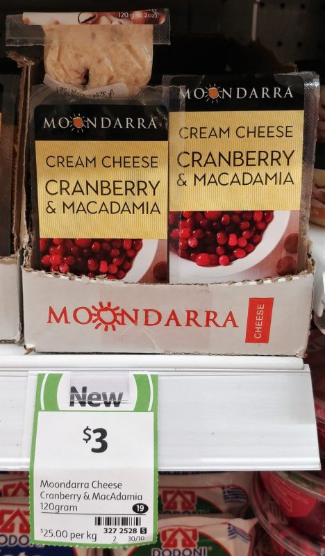 Moondarra 120g Cream Cheese Cranberry & Macadamia