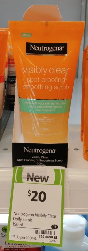 Newtrogena 150mL Smoothing Scrub Visibly Clear