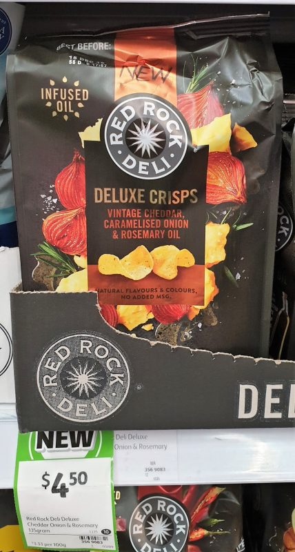 Red Rock Deli 135g Deluxe Crisps Potato Chips Vintage Cheddar Caramelised Onion & Rosemary Oil