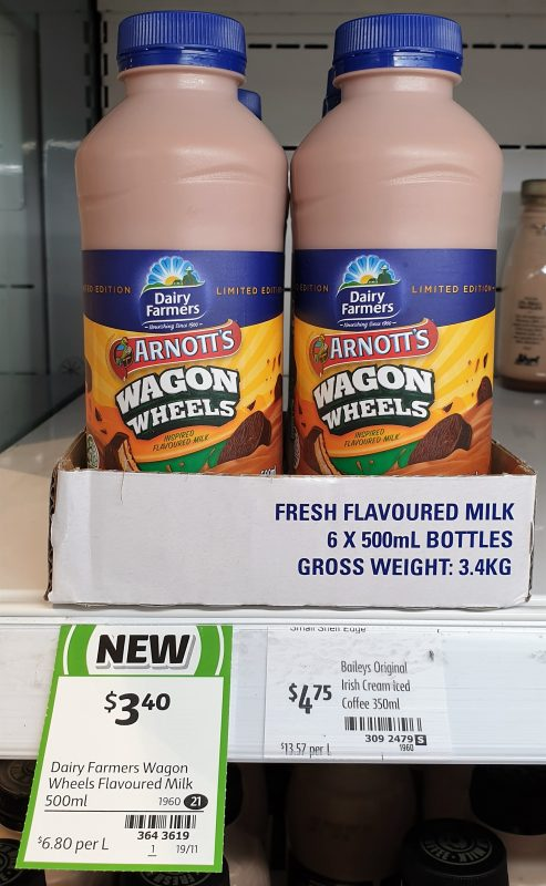 Dairy Farmers 500mL Flavoured Milk Arnott's Wagon Wheels