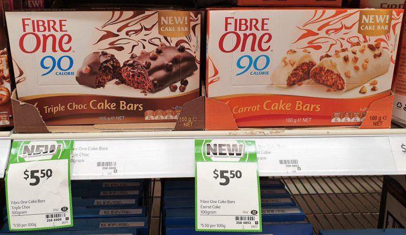 Fibre One 100g Cake Bar 90 Calorie Triple Choc, Carrot