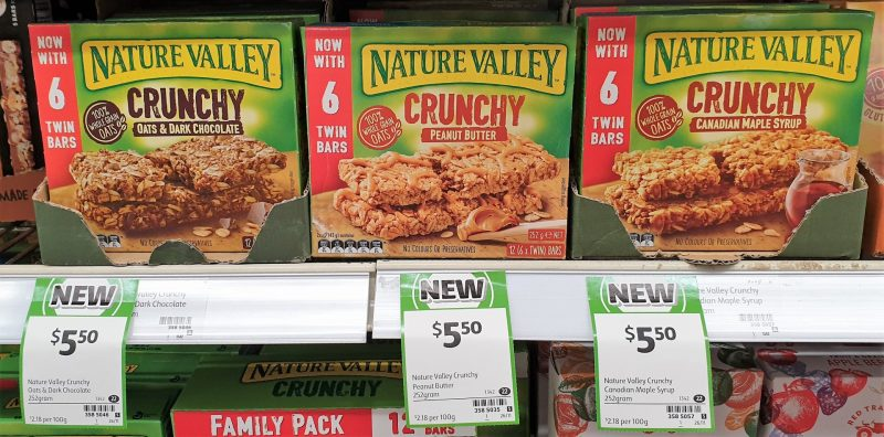 Nature Valley 252g Crunchy Bars Oats & Dark Chocolate, Peanut Butter, Canadian Maple Syrup