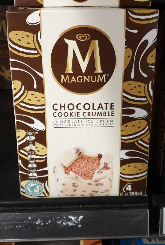 Streets 388mL Magnum Chocolate Cookie Crumble