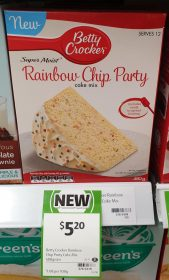 Betty Crocker 480g Cake Mix Rainbow Chip Party