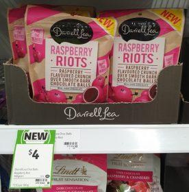 Darrell Lea 160g Riots Raspberry