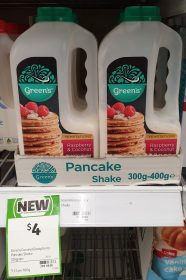 Green's 325g Temptations Pancake Shake Raspberry & Coconut