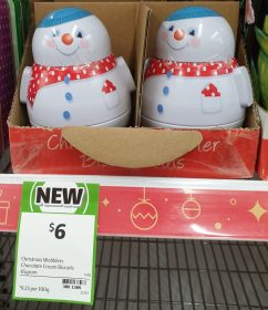 Coles 65g Christmas Wobblers Biscuits Chocolate Cream