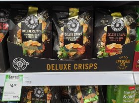 Red Rock Deli 135g Deluxe Crisps Potato Chips Parmesan Basil Garlic Oil