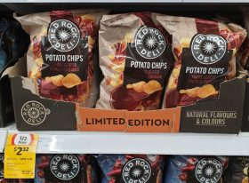 Red Rock Deli 150g Potato Chips Maple Glazed Bacon Cheddar
