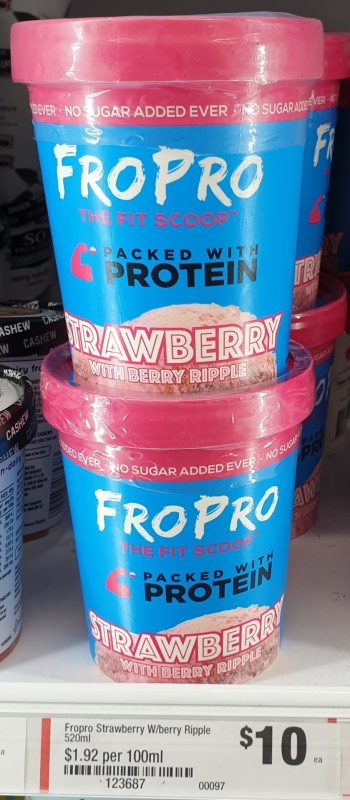 FroPro 520mL Strawberry With Berry Ripple
