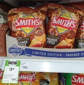 Smiths 150g Potato Chips Sausage Sizzle