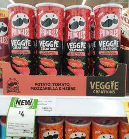 Pringles 119g Veggie Creations Potato Tomato Mozzarella Herbs 1