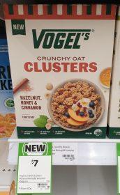 Vogels 450g Clusters Crunchy Oat Hazelnut Honey Cinnamon